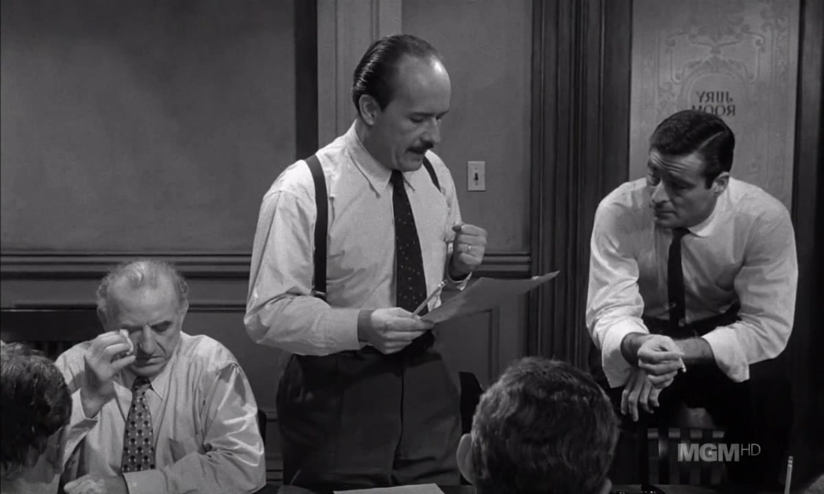 the difference between the movie and book versions of 12 angry men Released in 1957, when technicolor and lush production values were common, 12 angry men was lean and mean it got ecstatic reviews and a spread in life magazine, but was a disappointment at the box office.